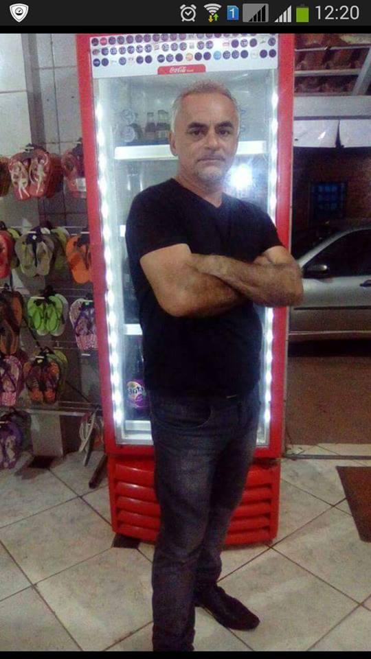 Equatoriana Procura Homem Em Porto-85001