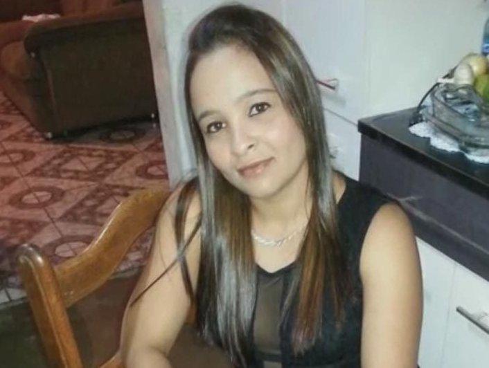 Mulher Procura Trabalho Em Quito-88174