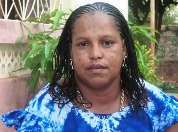 Mulher Procurando Quito Almeirim-72148