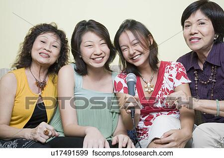 Mulheres Em Busca De Jovens Em Seville-31260